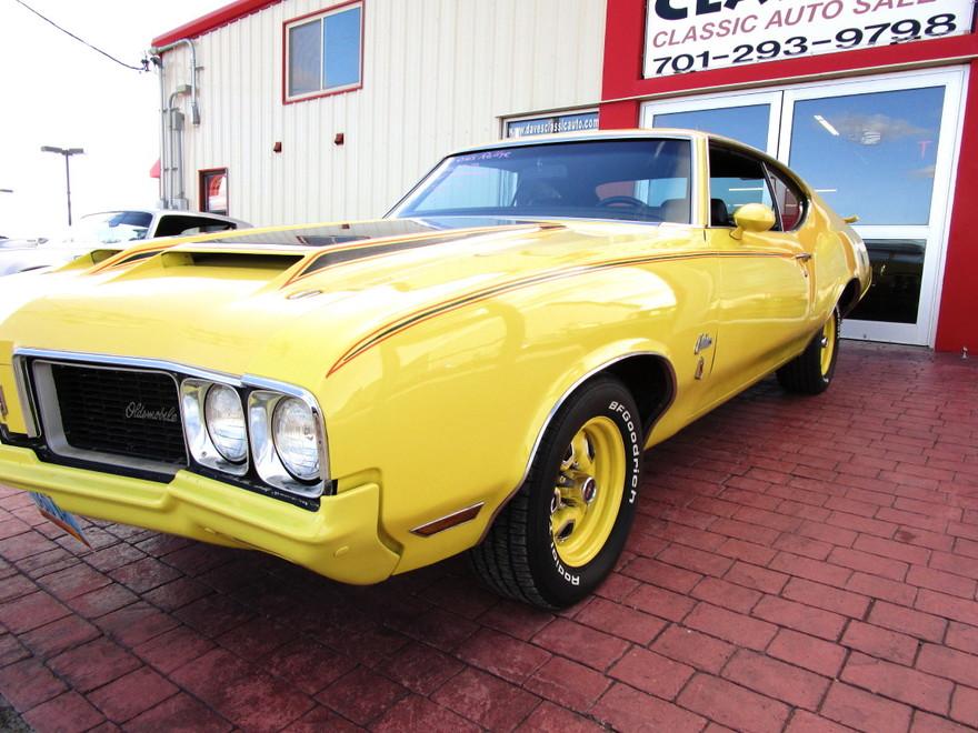 """1970 Olds Cutlass """"Rallye"""""""